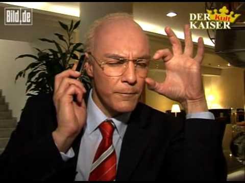 Neuer Job für Otto Rehhagel? Franz Beckenbauer telefoniert mit Oliver Kahn aka Kahnopolis und Otto Rehhagel. Feinste Comedy vom Matze Knop (c) Bild.de.