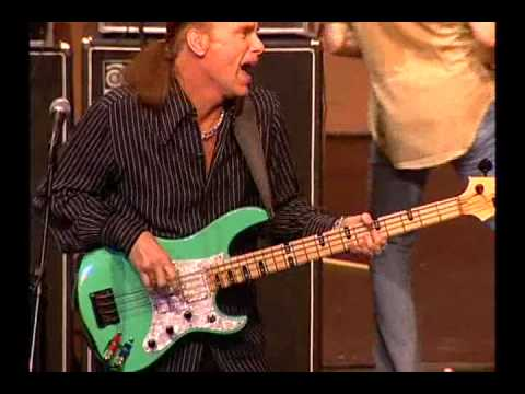 amazing-journey-paul-gilbertmike-portnoybilly-sheehan-young-man-blues.html