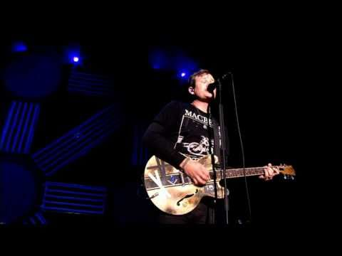 Blink-182 - All The Small Things Live
