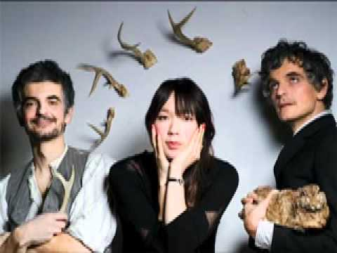 Blonde Redhead - Doll Is Mine