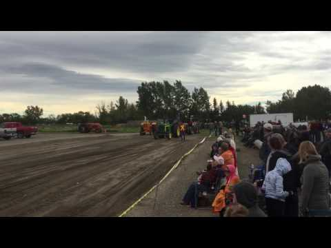 High River Alberta Antique Tractor Pull Sept 10/2016