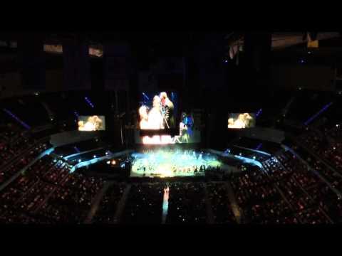 Vivo Per Lei- Andrea Bocelli y Yuri 03/10/2013