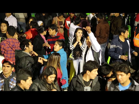 PIENSO EN TI SOLO EN TI - MEGA BAND INTERNACIONAL - CONCIERTO AYACUCHO PERU