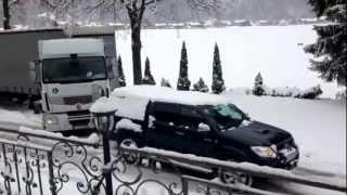 TOYOTA HILUX RESCUE TRUCK  [720p HD] TOUGH WINTER