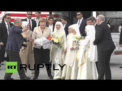Turkey: Merkel arrives in Gaziantep to discuss EU-Turkey refugee deal