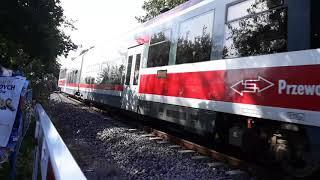 Szynobus PR na wyjeździe ze stacji Jastarnia