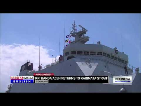 Indonesian Naval Vessel KRI Banda Aceh Returns to AirAsia QZ8501 Search