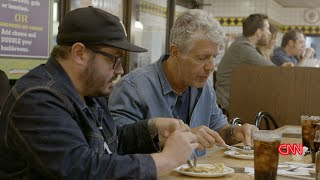 Sean Brock And Anthony Bourdain Eat At The Waffle House