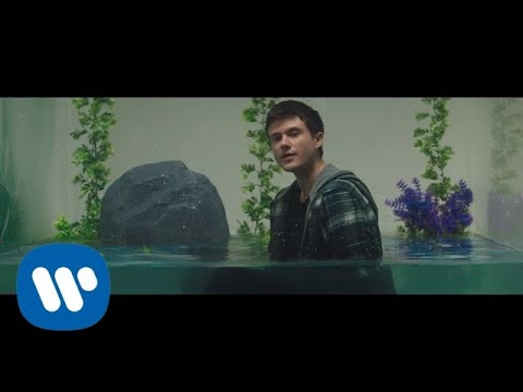 Alec Benjamin - Mind Is A Prison [Official Music Video]