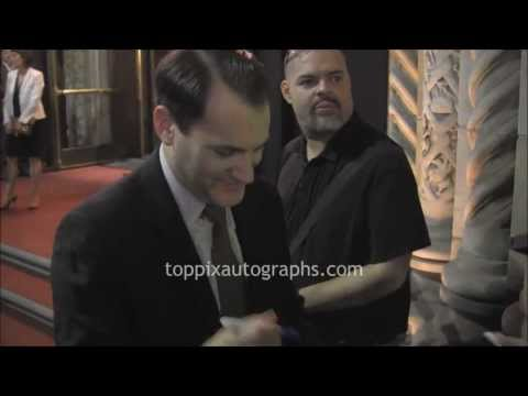 Michael Stuhlbarg - Signing Autographs at the