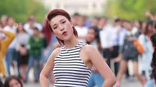 """THÁNG NĂM RỰC RỠ - Nhóm Nữ quái Ngựa Hoang nhảy flashmob """"Kim Ơi"""""""
