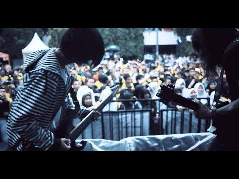 LIVE - Akad Rock Cover (Payung Teduh) - Jeje GuitarAddict ft Toxic Team