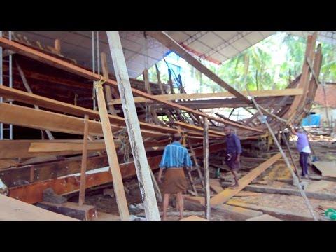 Treading Water • URU craftsmen & the art of boat building • Beypore, INDIA