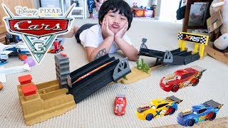 Unboxing BRANDNEW 2019 Disney Cars 3 Toys XRS Drag Racing Series Playset Lightning McQueen