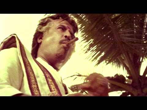 Pedarayudu Movie || Rajnikanth Superb Dialogue Scene || Mohan Babu,soundarya video