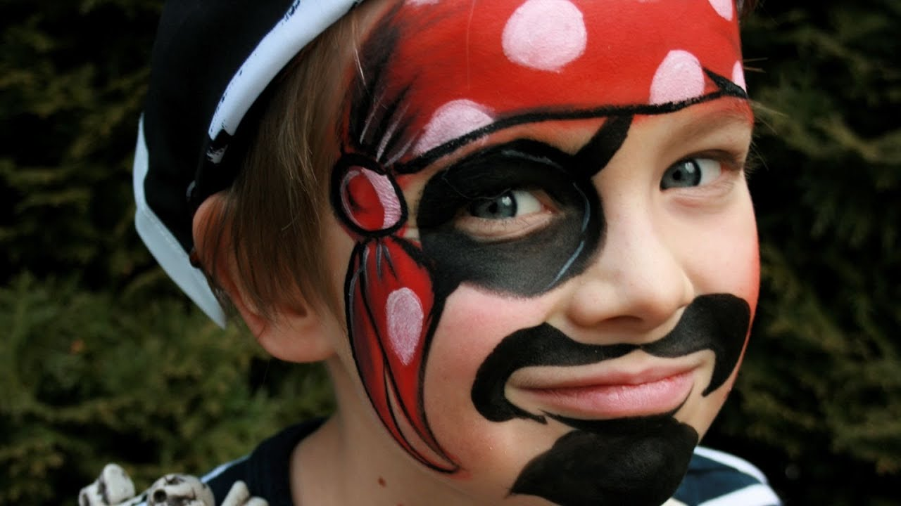 Easy Pirate Face Paint