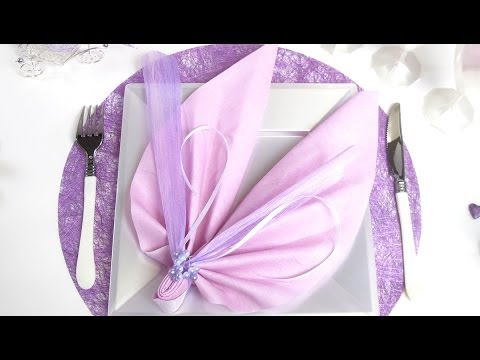 Pliage de serviette en forme d 39 ailes d 39 ange youtube - Pliage serviette coquillage ...