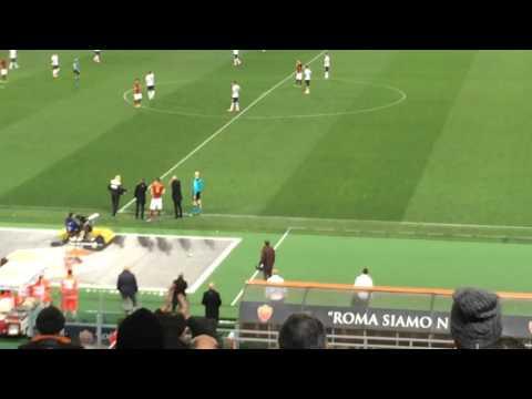 Roma-Palermo, Strootman ritorna in campo