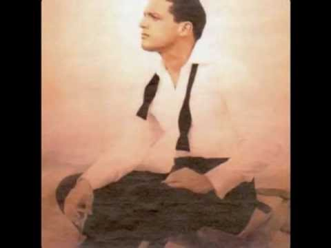Luis Miguel - Perfidia (Translation)