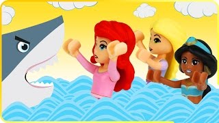 ♥ Disney Princess SHARK ATTACK w/ LEGO Ariel Rapunzel (Home of Disney Princess)