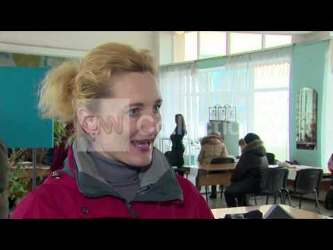 UKRAINE:CRIMEA VOTER 'CHANCE TO MAKE A CHOICE'