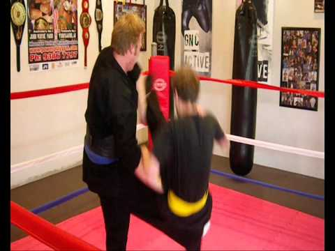 CLOSE QUARTERS COMBAT SANSHOU Front Kick Defense Image 1