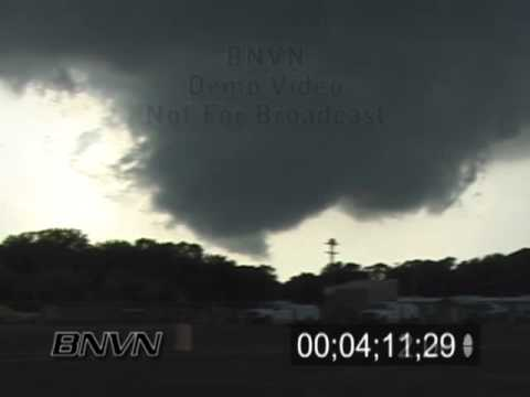 6/24/2003 Golden Valley MN Funnel Cloud and Wall Cloud Video