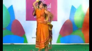 King of kongu song dance at muthayammal college girls