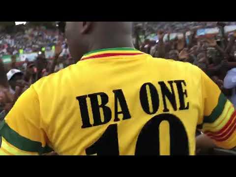 Iba One en live au stade du 26 mars