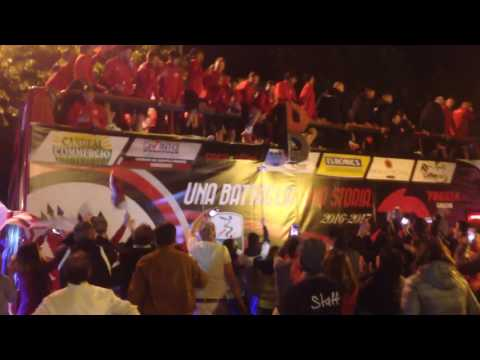Foggia promozione in B: arrivo giocatori in Bus scoperto in piazza