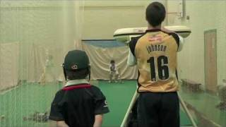 Wicket Keeping Part 3: Diving - A Complete Cricket Masterclass with Richard Johnson.m4v