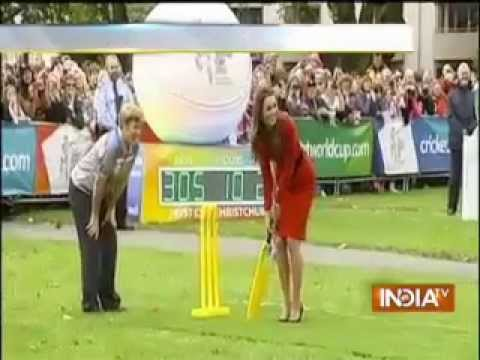 Cricket WC 2015: Prince William, Kate play cricket in New Zealand