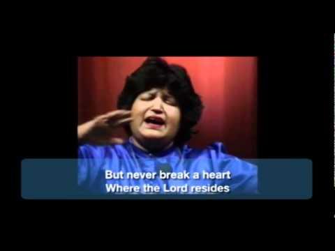 Abida Parveen Sings Bulleh Shah (english subtitles)