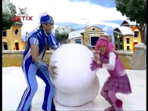 LazyTown - Snow, Give Me Snow (Hungarian)