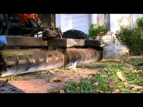 Randy Quaid lawn mower scene