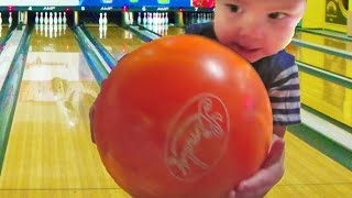 BABY BOWLING FOR THE FIRST TIME