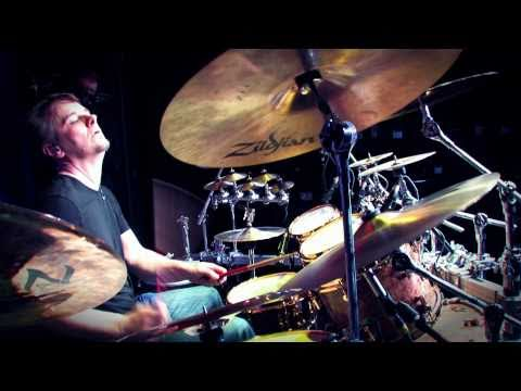 Guitar Center Sessions: Gavin Harrison - When To Play Fills