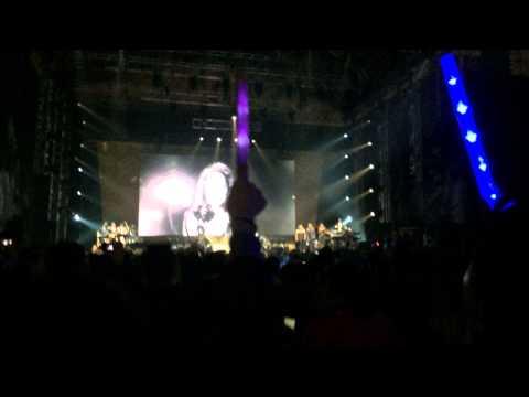 Mariah Carey - Hero (the Elusive Chanteuse Show In Beijing, China) video