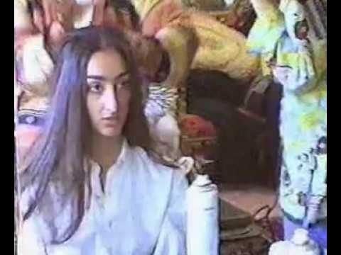 Dokhtar Irani Beh Donbale Dokhtarsh Maryam Eslami.. Farzand Ahmad Eslamii video