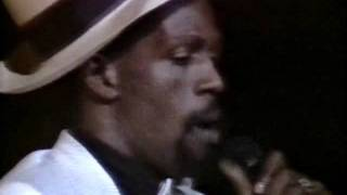 Gregory Isaacs - Live At Brixton Academy, 1984 (FULL CONCERT)