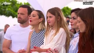 Photocall de Gueule d'Ange avec Marion Cotillard, Alban Lenoir - Cannes 2018
