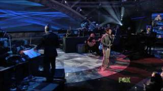 Клип David Archuleta - Think Of Me (live)