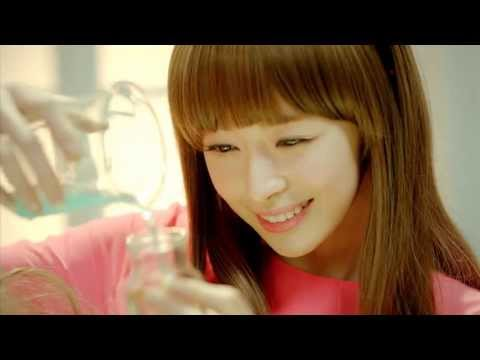 Would You Like Some Tea? (차 마실래?) by Hello Venus