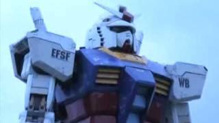Gundam de tamaño real en Tokio Japón