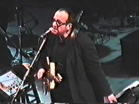 Elvis Costello - Chewing Gum