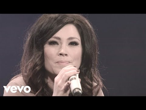Kari Jobe - I Am Not Alone (Live)