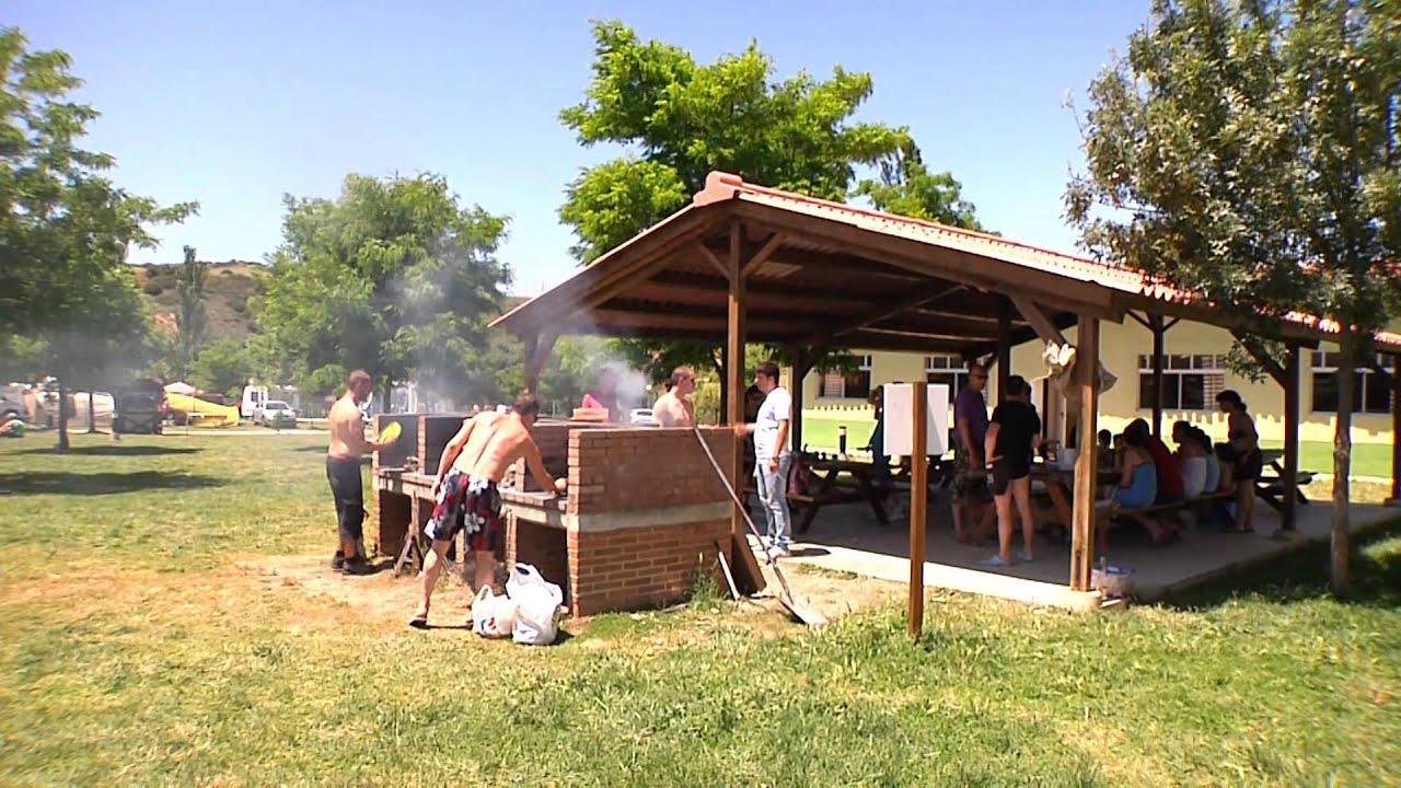 Camping el molino mendigorria navarra youtube for Camping el jardin tilcara