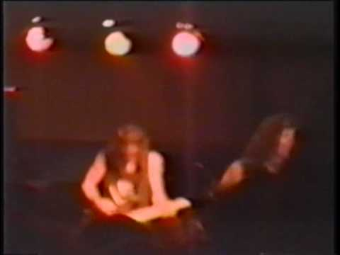 RATT - Lovin' You's a Dirty Job - Live in Tampa 1990