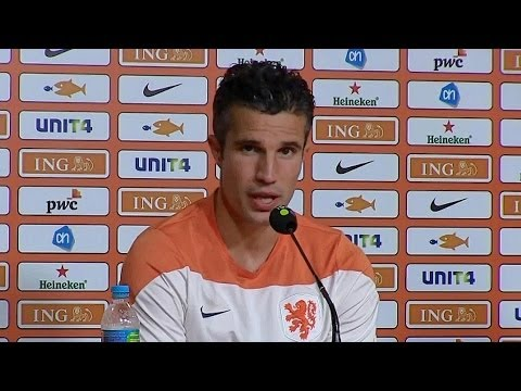 World Cup 2014 - Robin van Persie Says Wayne Rooney Is Not To Blame For England's Early Exit