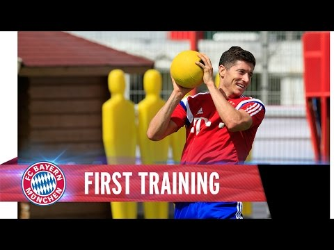 Pep Guardiola meets Robert Lewandowski | First Training together
